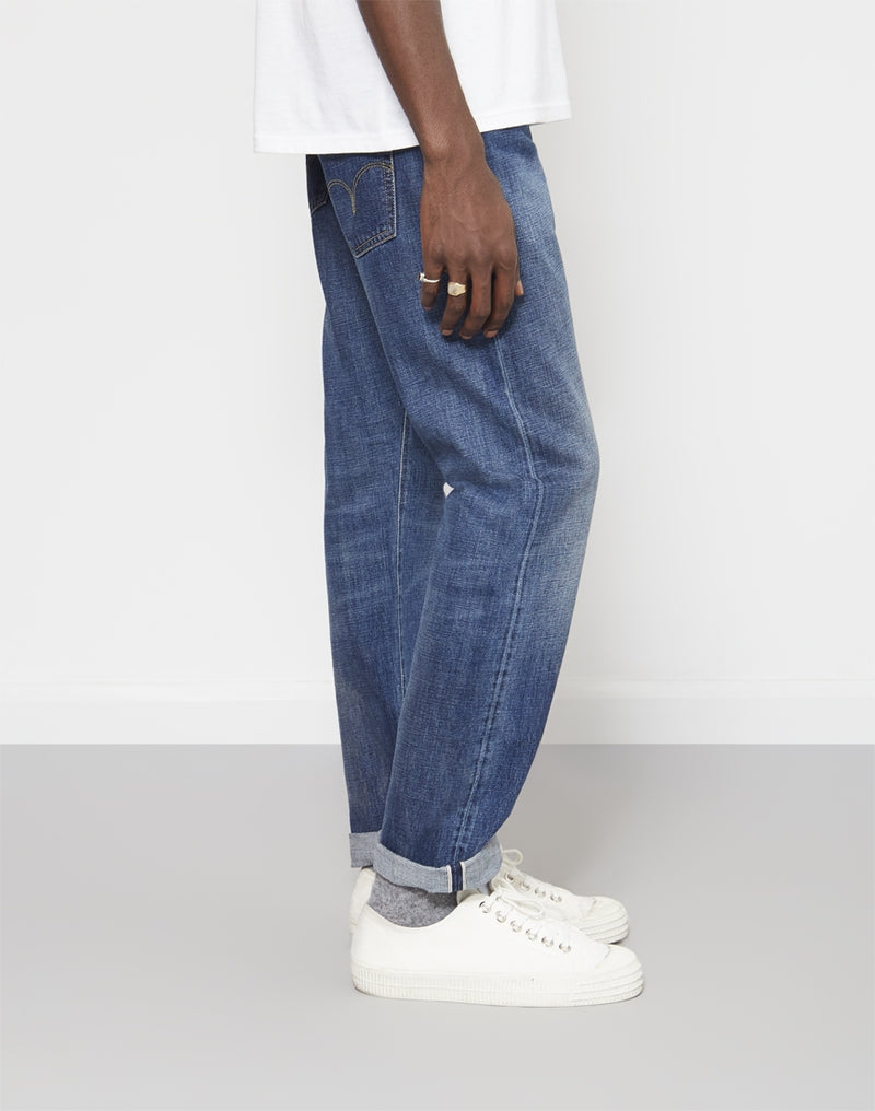 Edwin - ED-55 Regular Tapered Red Listed Raw Selvage Denim Jeans Retro Blue