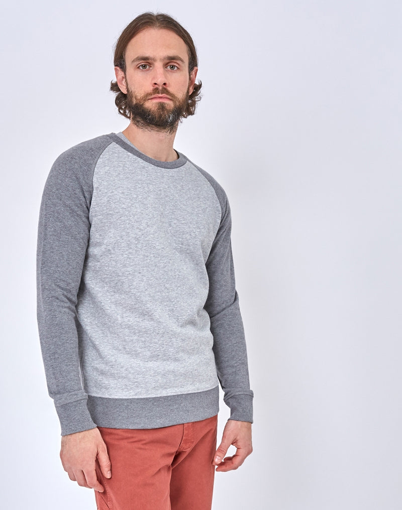 The Idle Man - Organic Contrast Sleeve Raglan Sweatshirt Grey
