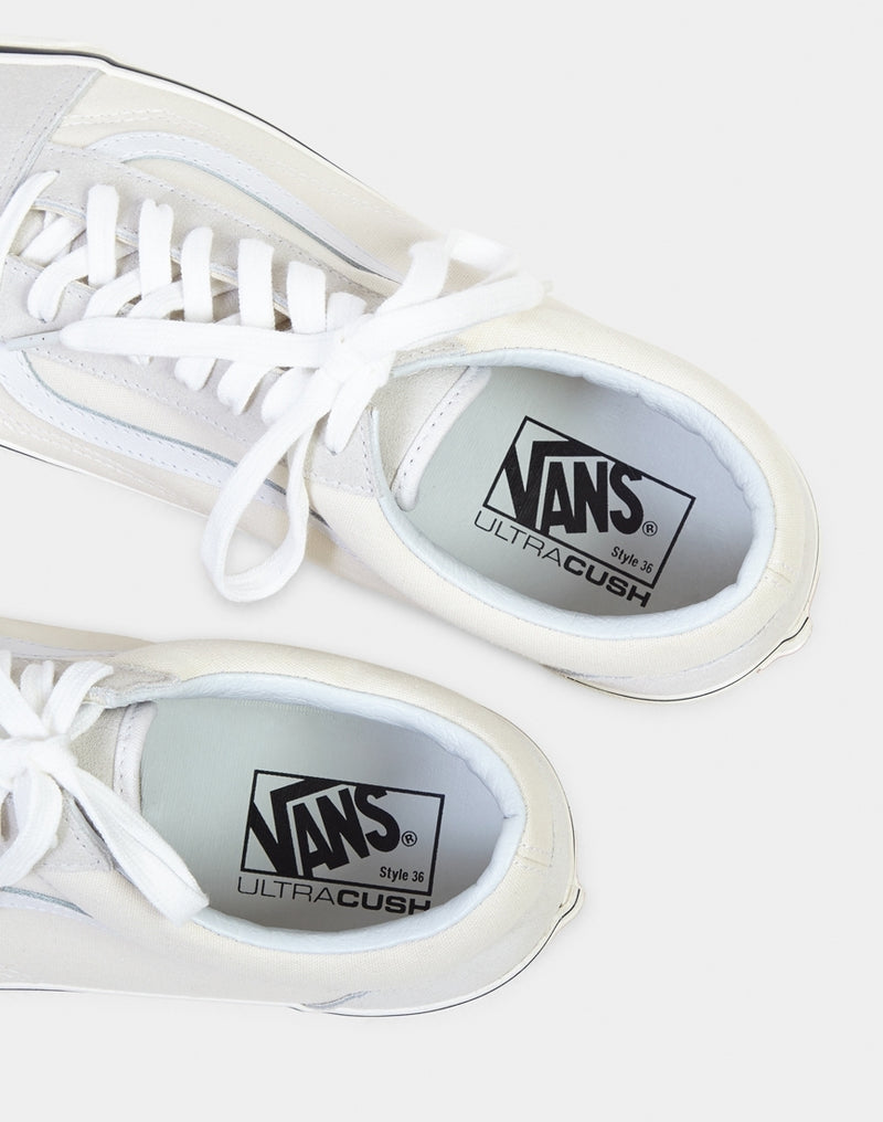 Vans - Old Skool 36 DX Plimsolls White