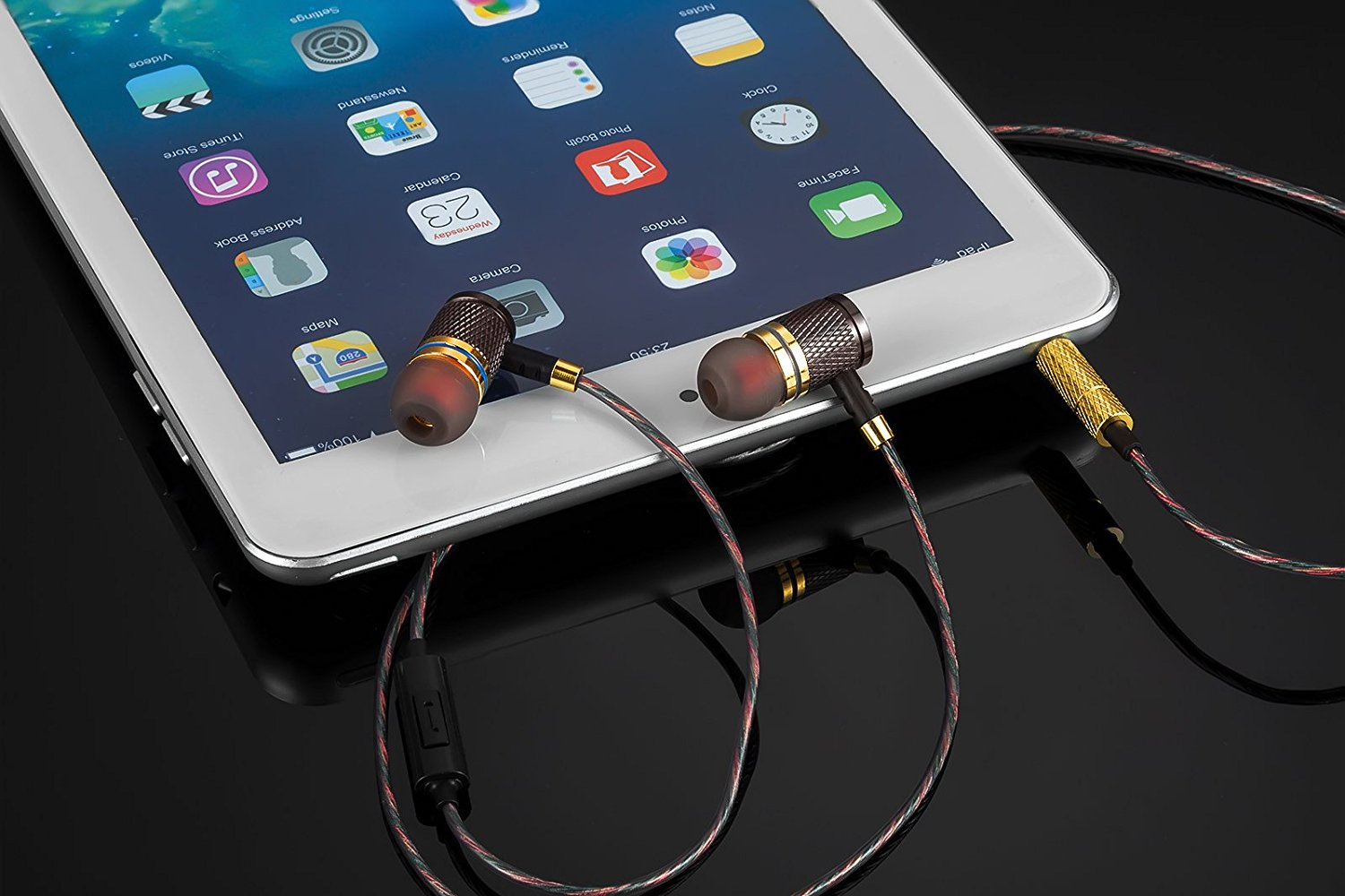 Headphones, Earbuds, High Definition, in-Ear, Noise Isolating, Heavy Deep Bass for iPhone, iPod, iPad, MP3 Players, Samsung Galaxy, Nokia, HTC, etc (Gold Without Mic)