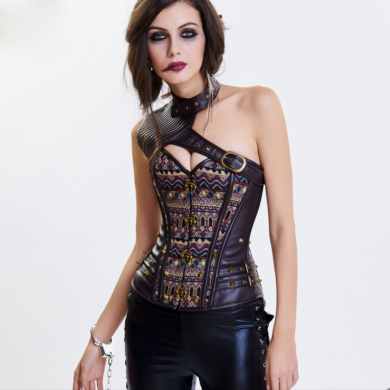 Corsets are suitable for armor 100