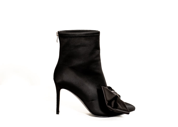 Perfection Oversized Bow Bootie (Black)