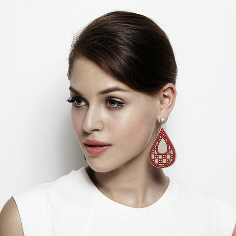 Bubble Drop Lace Earring