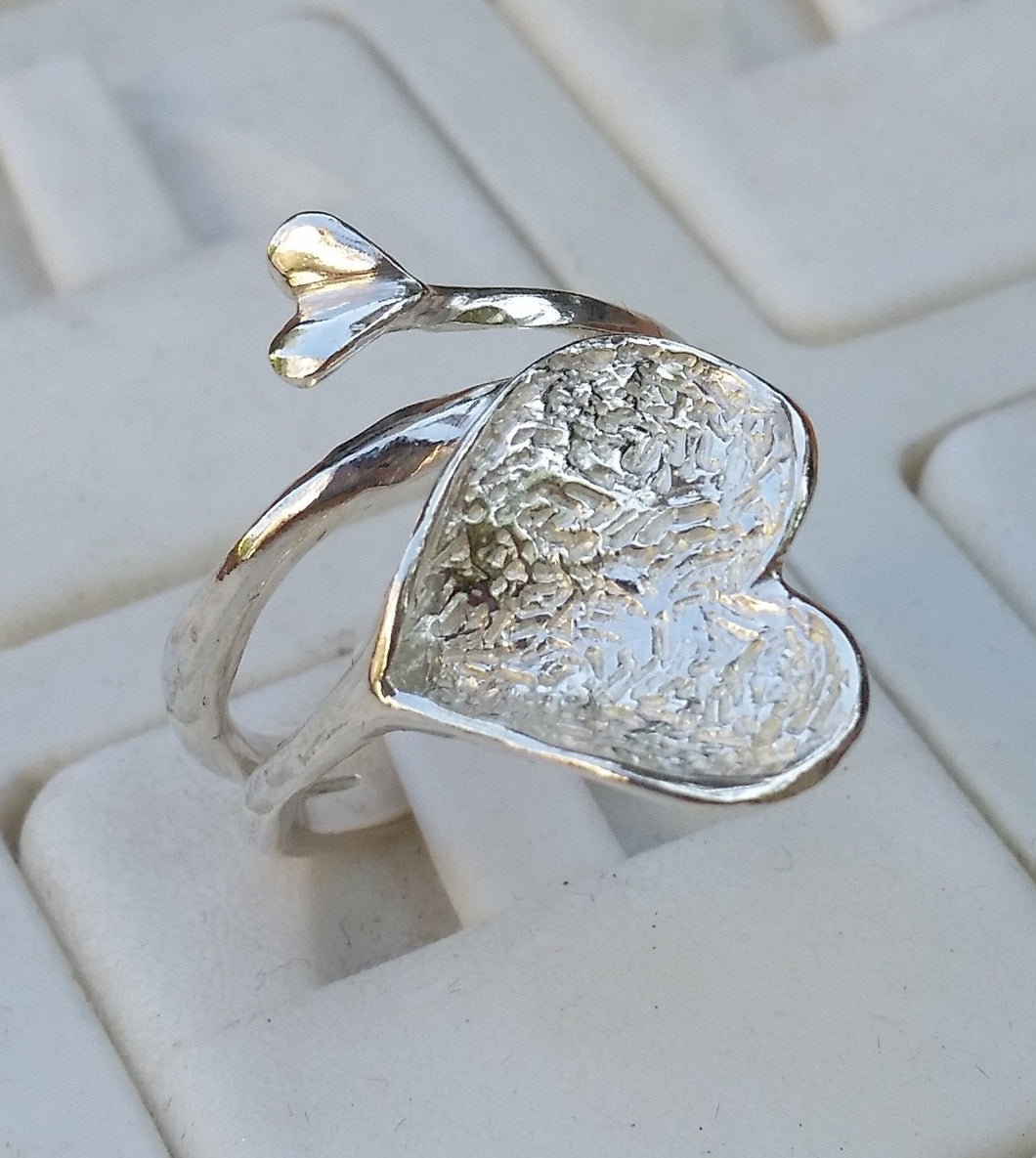 heart silver ring