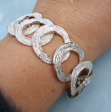 Load image into Gallery viewer, Silver Link Bracelet