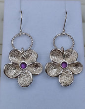 Load image into Gallery viewer, Flower Silver Earrings