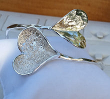 Load image into Gallery viewer, Silver Heart Bangle