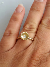 Load image into Gallery viewer, Opal Gold Ring