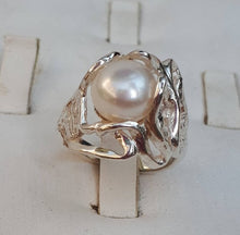 Load image into Gallery viewer, Silver Pink Pearl Ring