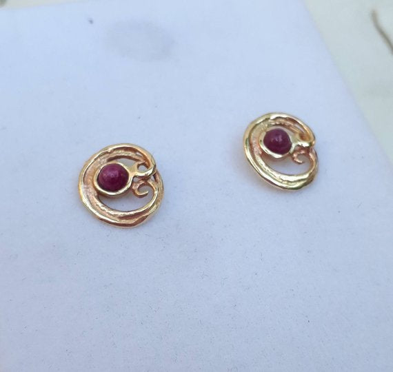 Gold Studs With Ruby