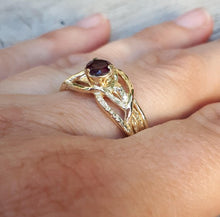 Load image into Gallery viewer, Garnet Engagement Ring