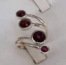 Load image into Gallery viewer, Adjustable Gemstones Ring