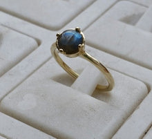 Load image into Gallery viewer, labradorite gold ring