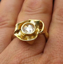 Load image into Gallery viewer, engagement gold ring