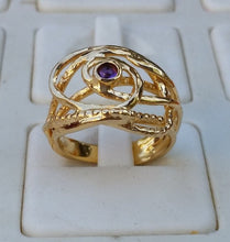 Load image into Gallery viewer, Friendship Gold Ring