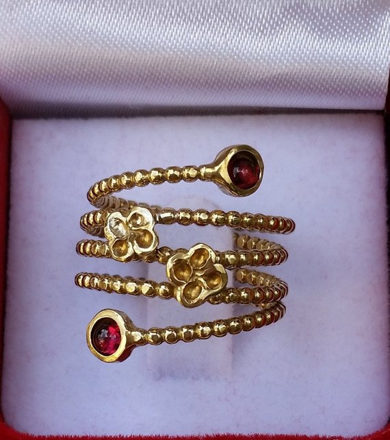 adjustable gold garnet ring