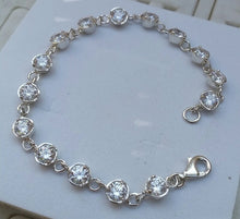 Load image into Gallery viewer, silver zircon bracelet