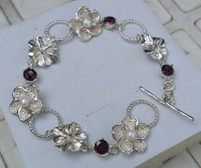 Load image into Gallery viewer, silver pearl bracelet