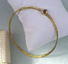 Load image into Gallery viewer, stackable gold bracelet