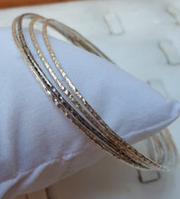 Load image into Gallery viewer, silver bangle bracelet