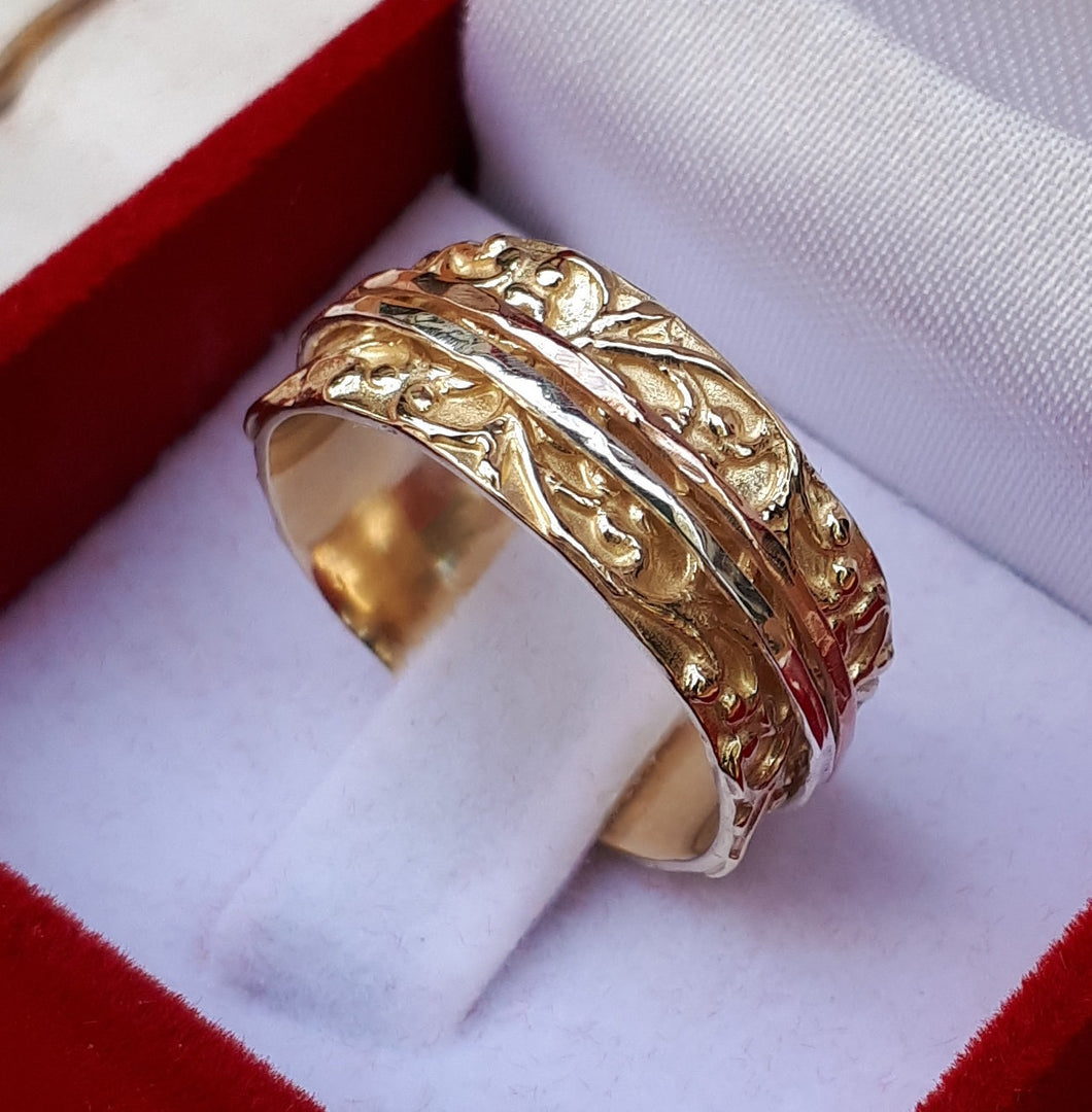 mix metal spinner ring