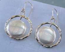 Load image into Gallery viewer, mother of pearl earrings