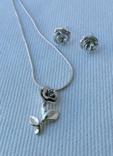 Load image into Gallery viewer, Silver Jewelry Set