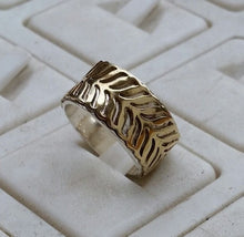 Load image into Gallery viewer, Silver And Gold Wedding Ring