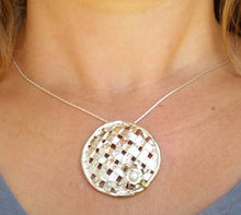 Load image into Gallery viewer, Silver Crisscross Pendant