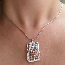 Load image into Gallery viewer, women silver pendant