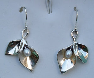 calla lily silver earrings
