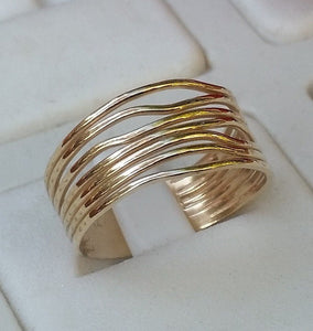 gold unisex wedding ring