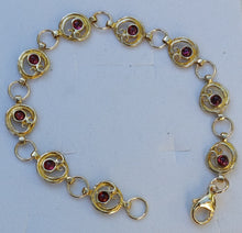 Load image into Gallery viewer, gold link bracelet