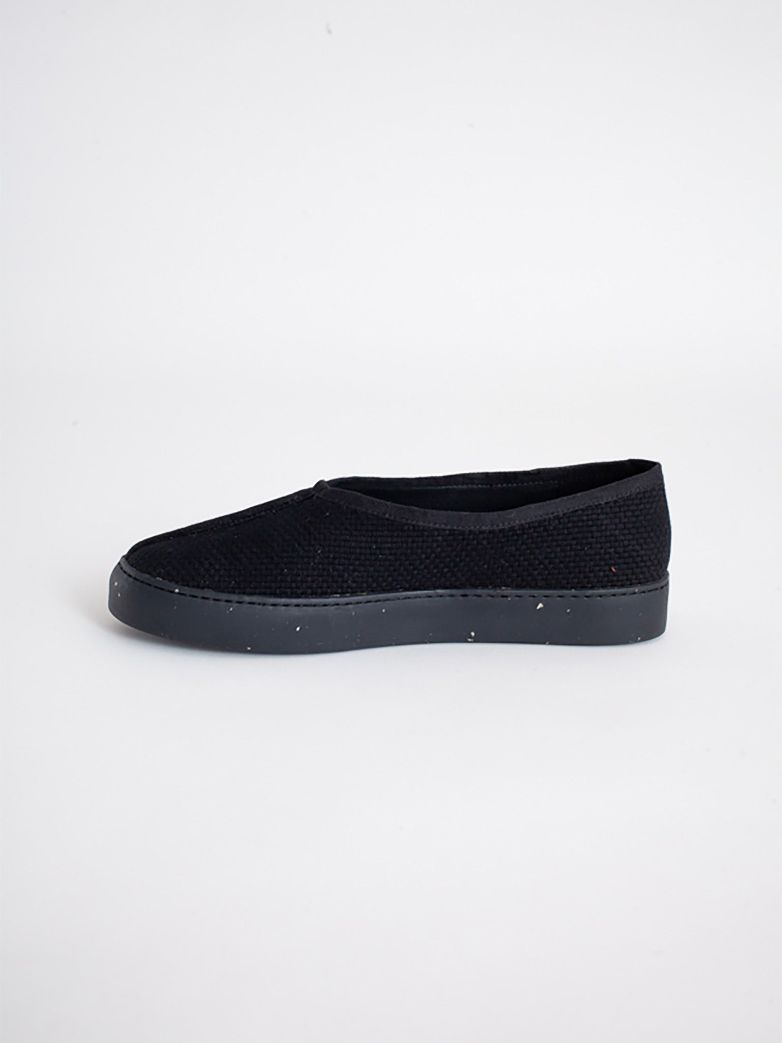 Reality Studio Ming Slip-On Black Vegan