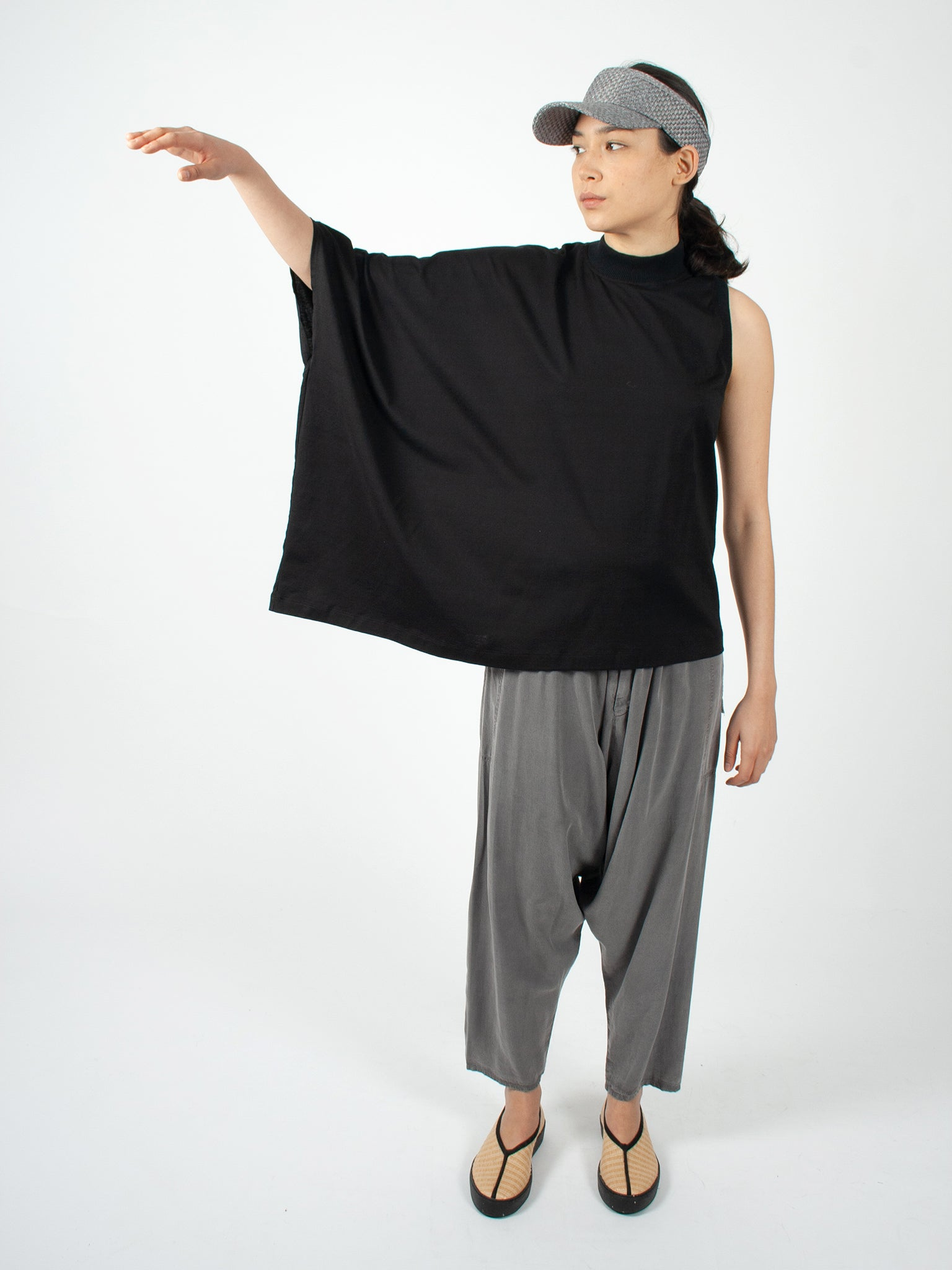 Reality Studio Peggy top black