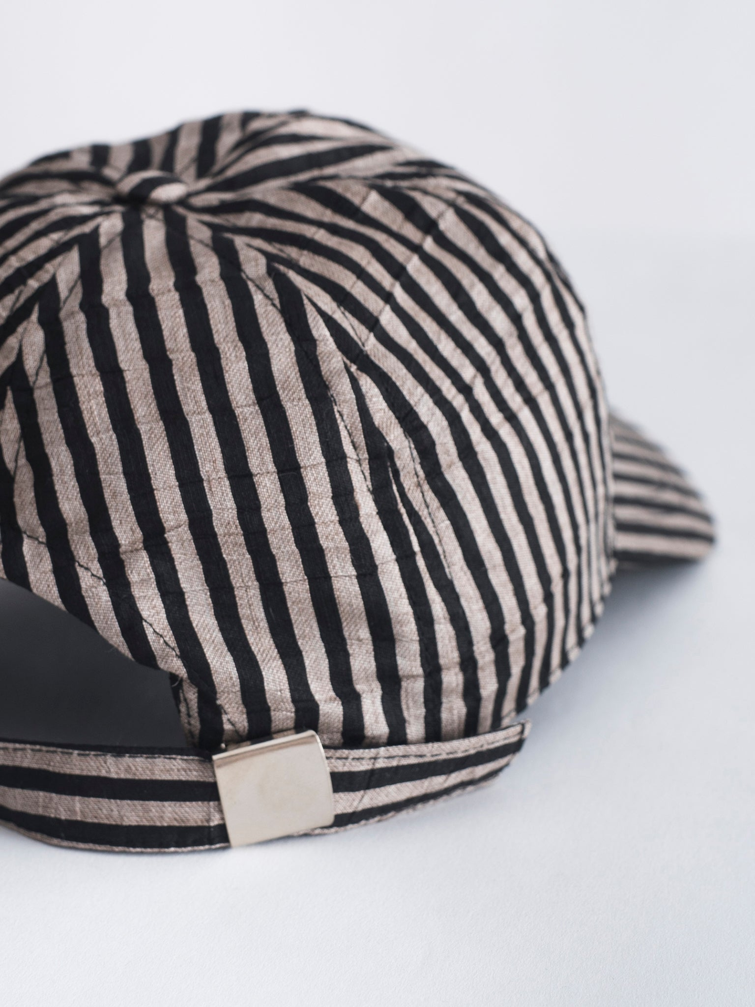 Udad cap, sand stripes