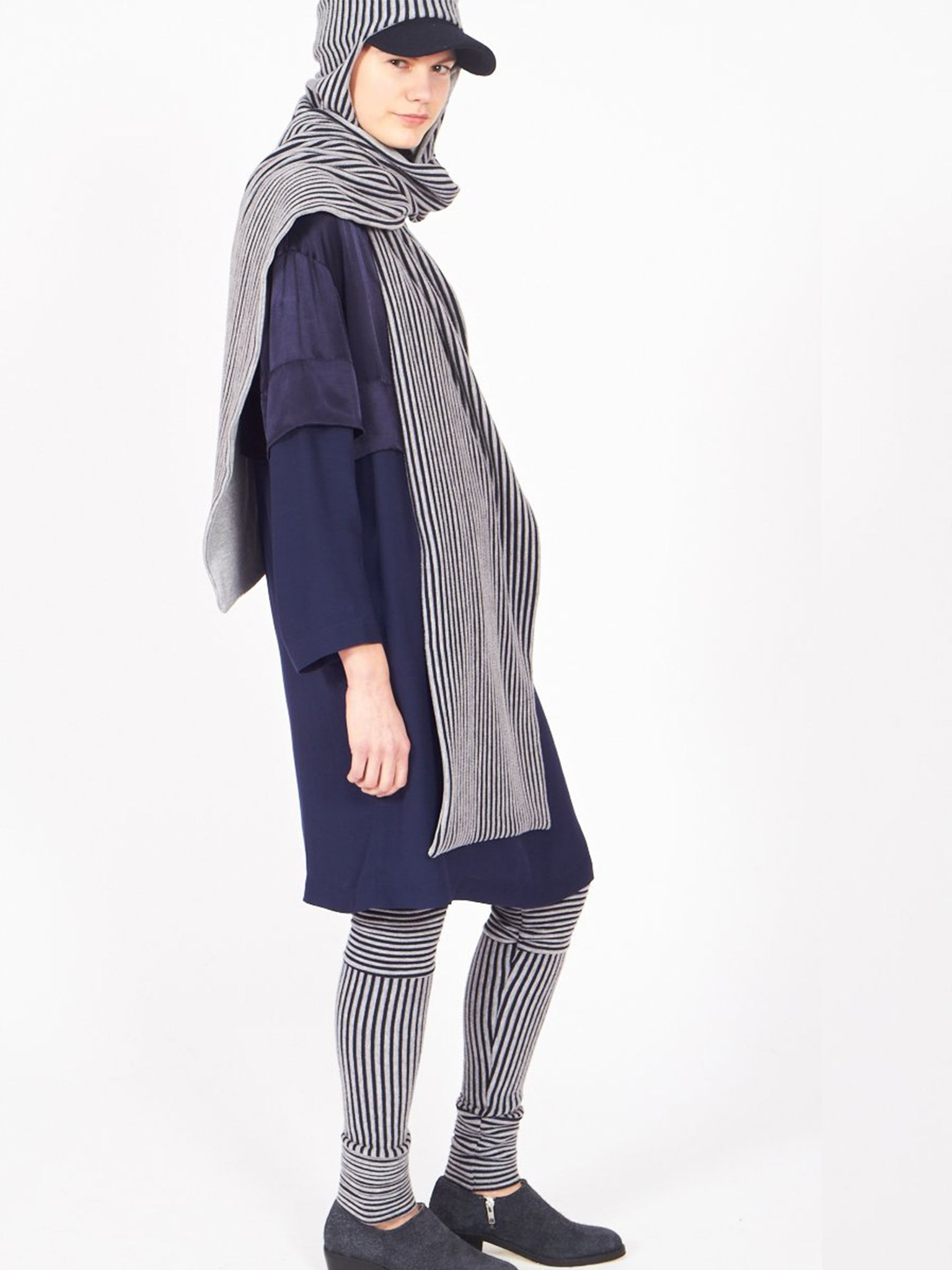 Commander hood, Stripes / Grey