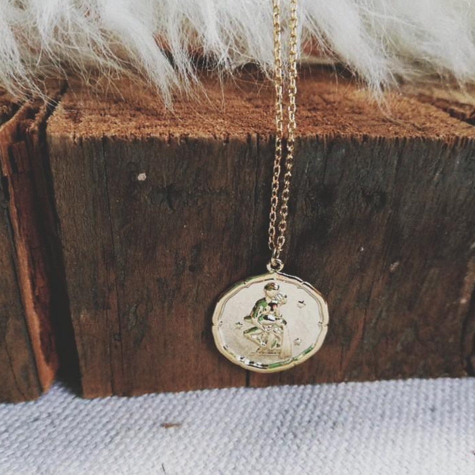 Aquarius Coin Necklace gold