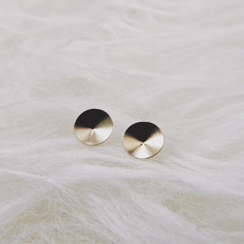 Tiny Pointed Circle Studs