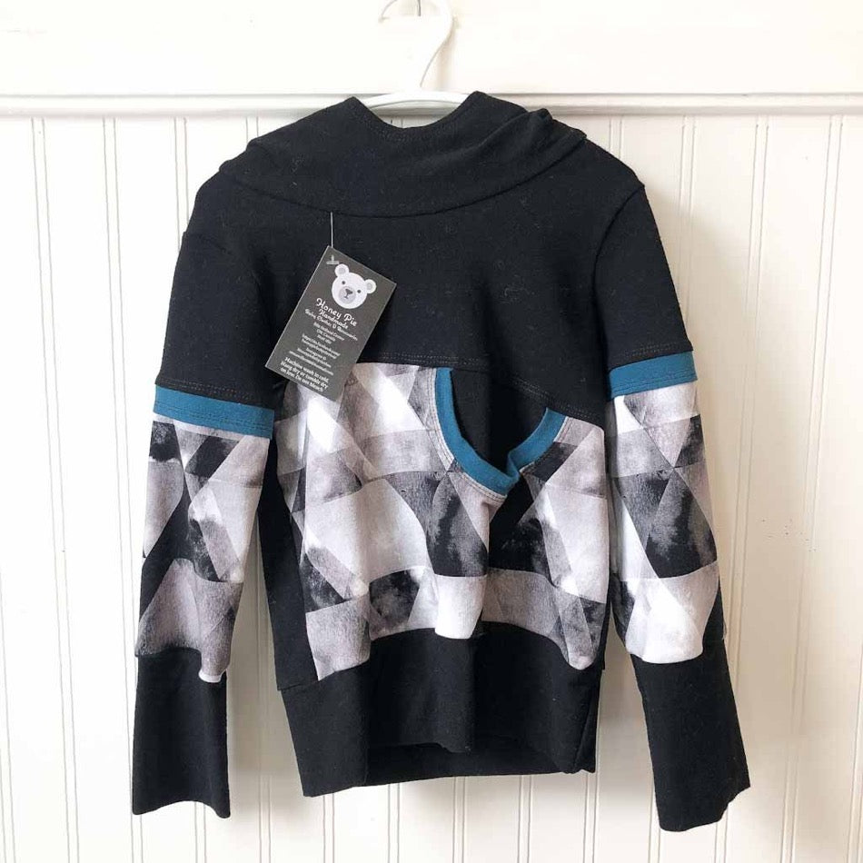 Hoodie with Black and Grey Triangle Abstract 3-6T