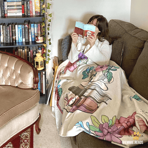 book-lover-hooded-blanket-jane-austen-garden