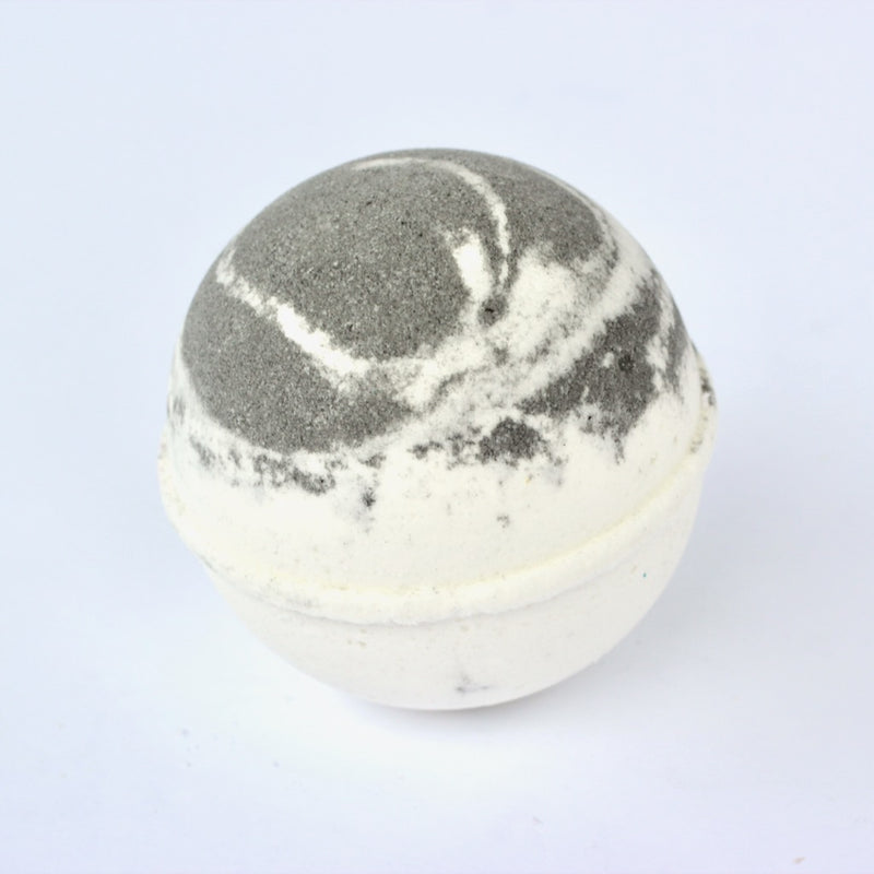 products/peppermintbathbomb.jpg