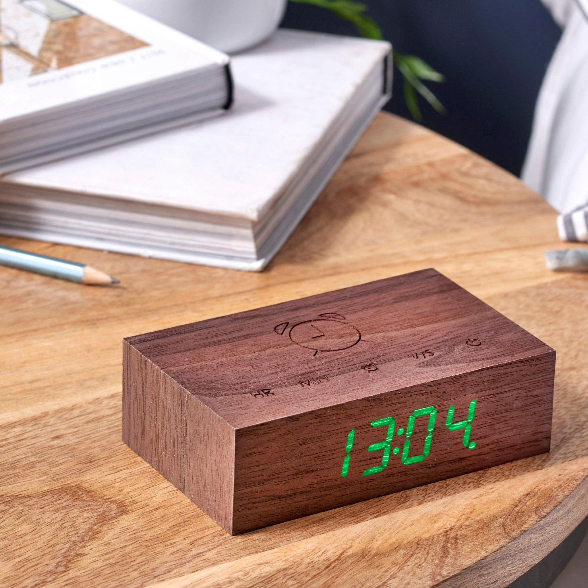 Flip Click Clock Walnut1