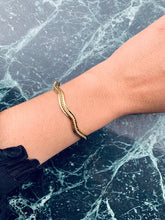 Indlæs billede til gallerivisning Wave bangle
