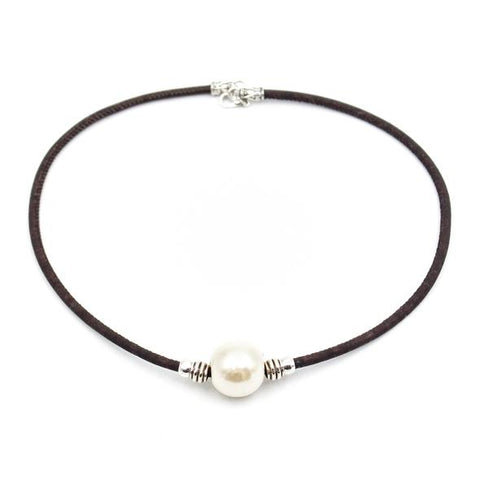 Angelco Accessories large solitaire pearl cork necklace