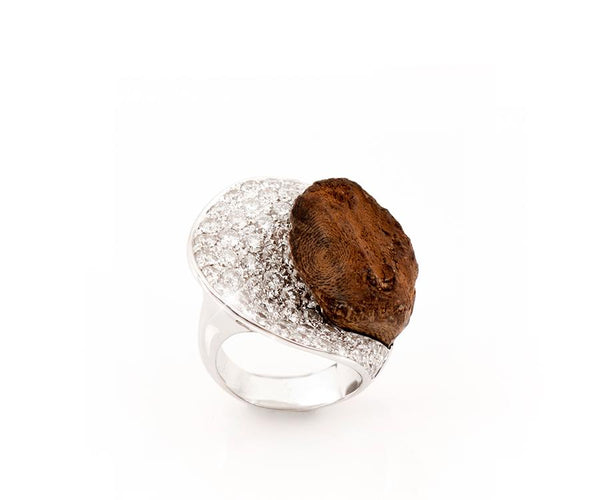 OUD RING HALF HEART