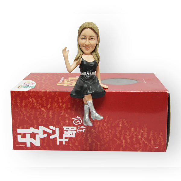 Female Posing And Waving - Free Sitting Figurine