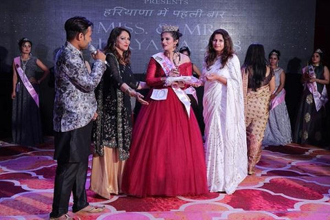 Mrs Haryana 2018 Award