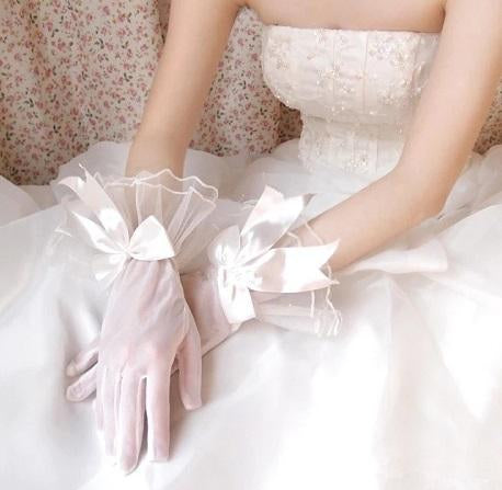 White Bow Gloves