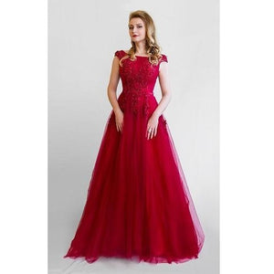 G127, Wine Prom Infinity Prewedding Shoot Trail Baby Shower Gown, Size, (XS-30 to XL-40), Booked between - (7/10 to 15/10) and (20/10 to 27/10)